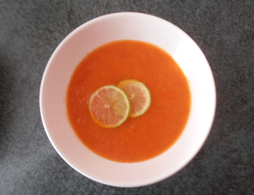 Ananasová studená polévka