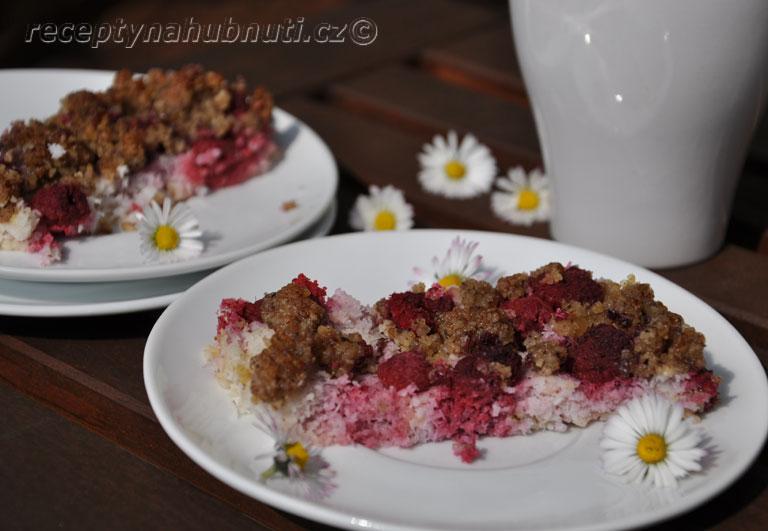 Jarní bezlepkový jáhlový koláč