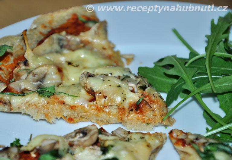 Bezlepková quinoa pizza