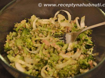 Brokolicový salát s fenyklem