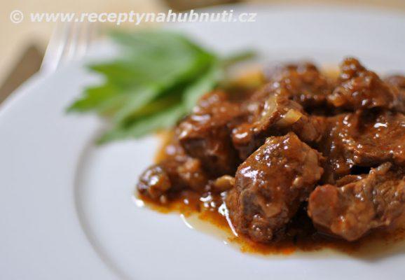 hovezi-maso-gulas