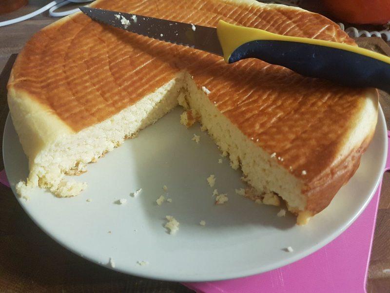 Nedělní kokosový koláč